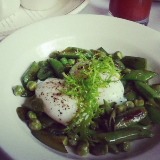 Contadino (Poached Eggs, Beans & Snap Peas) at Maialino on #foodmento http://foodmento.com/place/1145