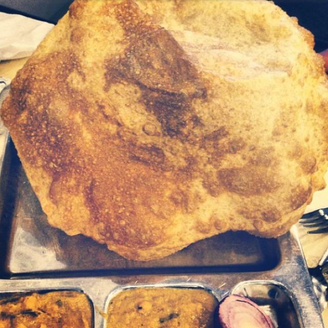 Chana Bhatura at Saravanaa Bhavan on #foodmento http://foodmento.com/place/2141