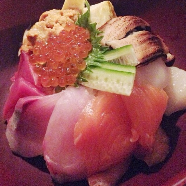 Kaisen Don (Assorted Sashimi Over Rice) at Ootoya on #foodmento http://foodmento.com/place/2993