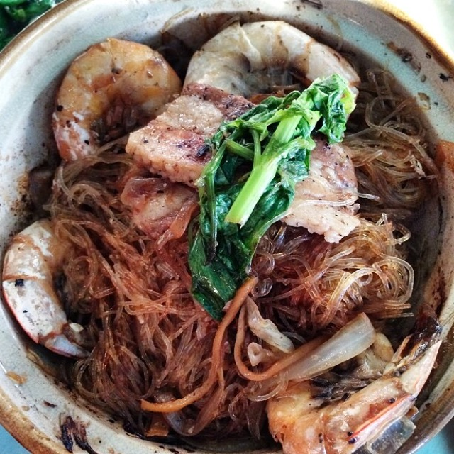Kung Op Wun Sen (Prawns, Pork Belly...Claypot) at Pok Pok NY (CLOSED) on #foodmento http://foodmento.com/place/3173