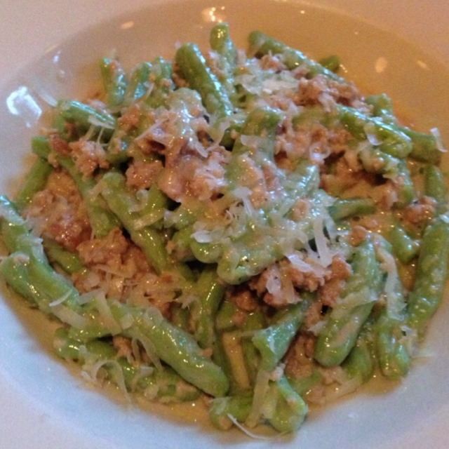 Spinach Cavatelli With Veal at Bar Primi on #foodmento http://foodmento.com/place/3377