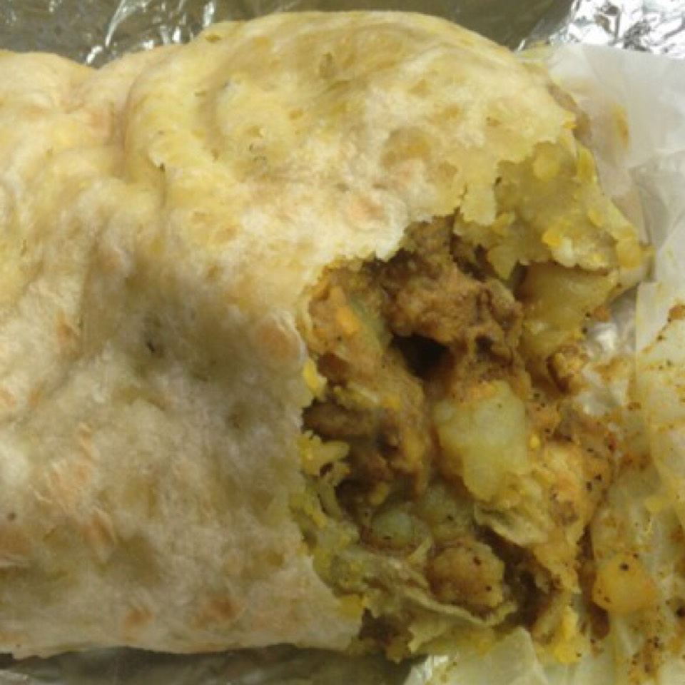 Curry Chicken Roti at Gloria's Caribbean Cuisine on #foodmento http://foodmento.com/place/5238