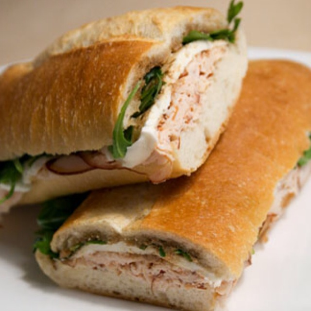 Alyssa Sandwich (Smoked Chicken Breast, Fresh Mozzarella, Arugula, Dressing) at Alidoro on #foodmento http://foodmento.com/place/813