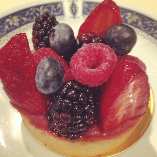 Mixed Berry Tart at Tiong Bahru Bakery on #foodmento http://foodmento.com/place/774