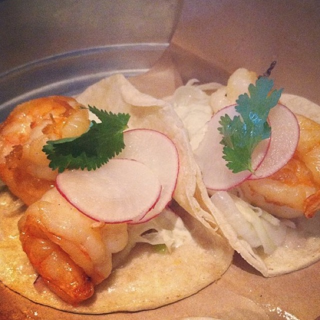 Shrimp Tacos at EMC Seafood And Raw Bar on #foodmento http://foodmento.com/place/2753