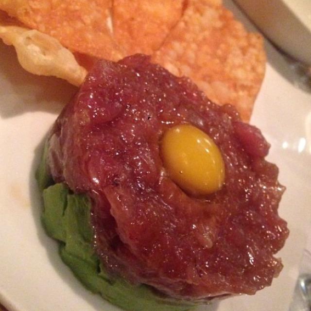 Tuna Tartare On Avocado at EMC Seafood And Raw Bar on #foodmento http://foodmento.com/place/2753