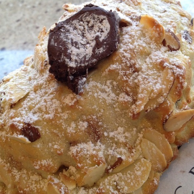Chocolate Almond Croissant at Amandine Patisserie on #foodmento http://foodmento.com/place/2755