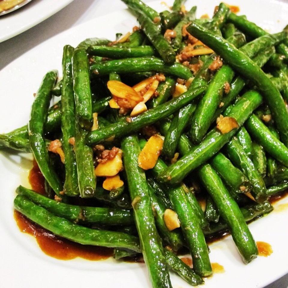 Sauteed String Beans w/ Minced Pork on #foodmento http://foodmento.com/dish/20587