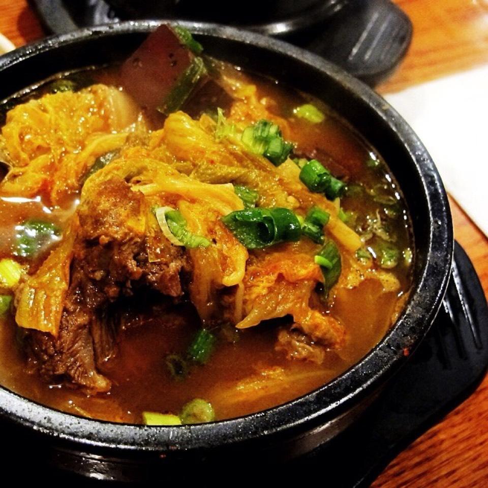 Haejang Guk Stew (Oxtail Bone Kimchi Soup) at The Kunjip on #foodmento http://foodmento.com/place/3594