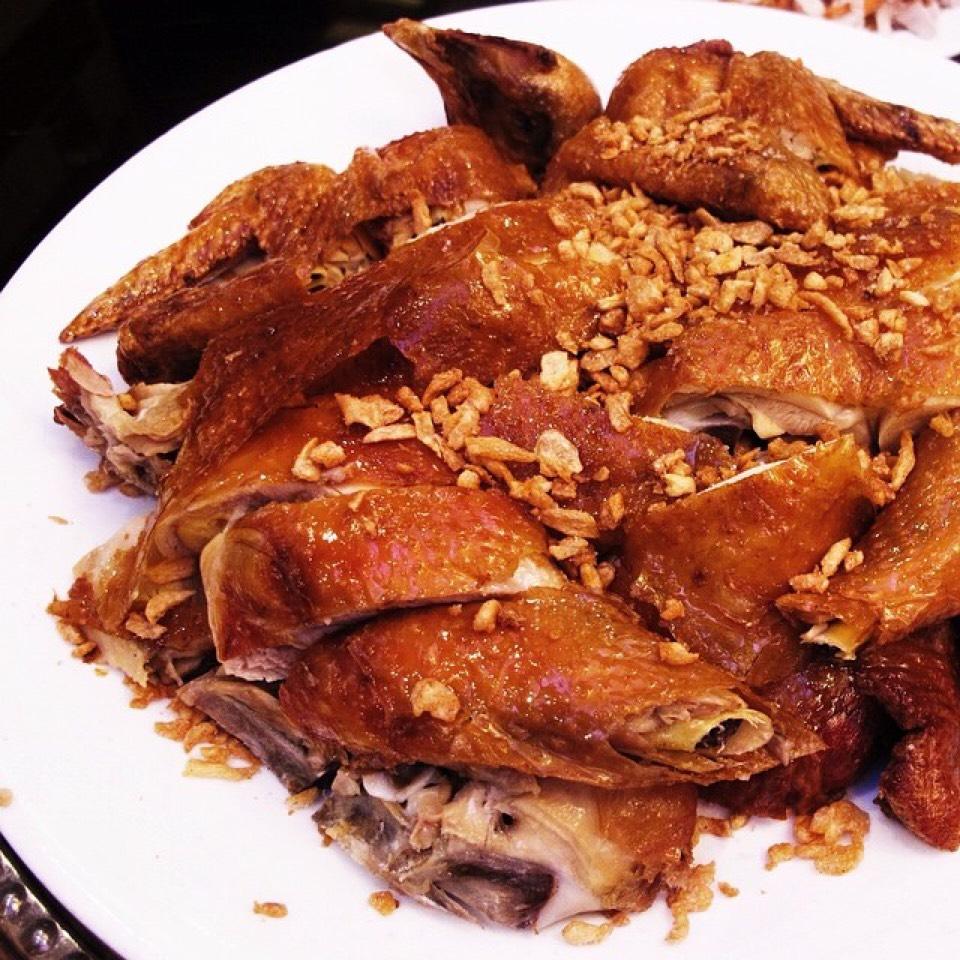 Roasted Garlic Chicken on #foodmento http://foodmento.com/dish/20620