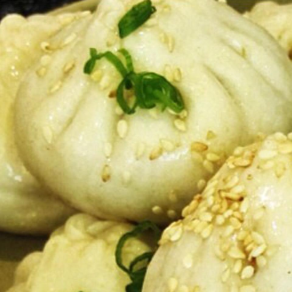 Pan Fried Pork Buns on #foodmento http://foodmento.com/dish/20640