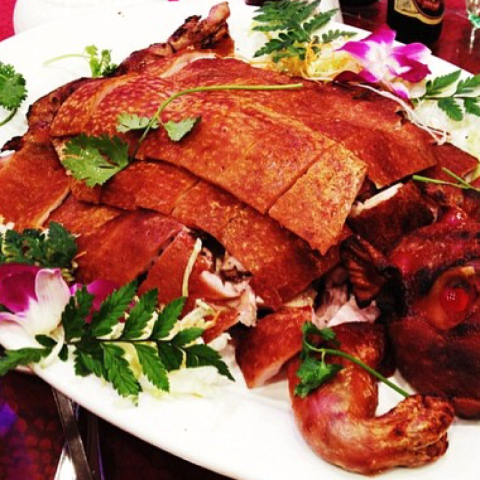 Suckling Pig on #foodmento http://foodmento.com/dish/20666