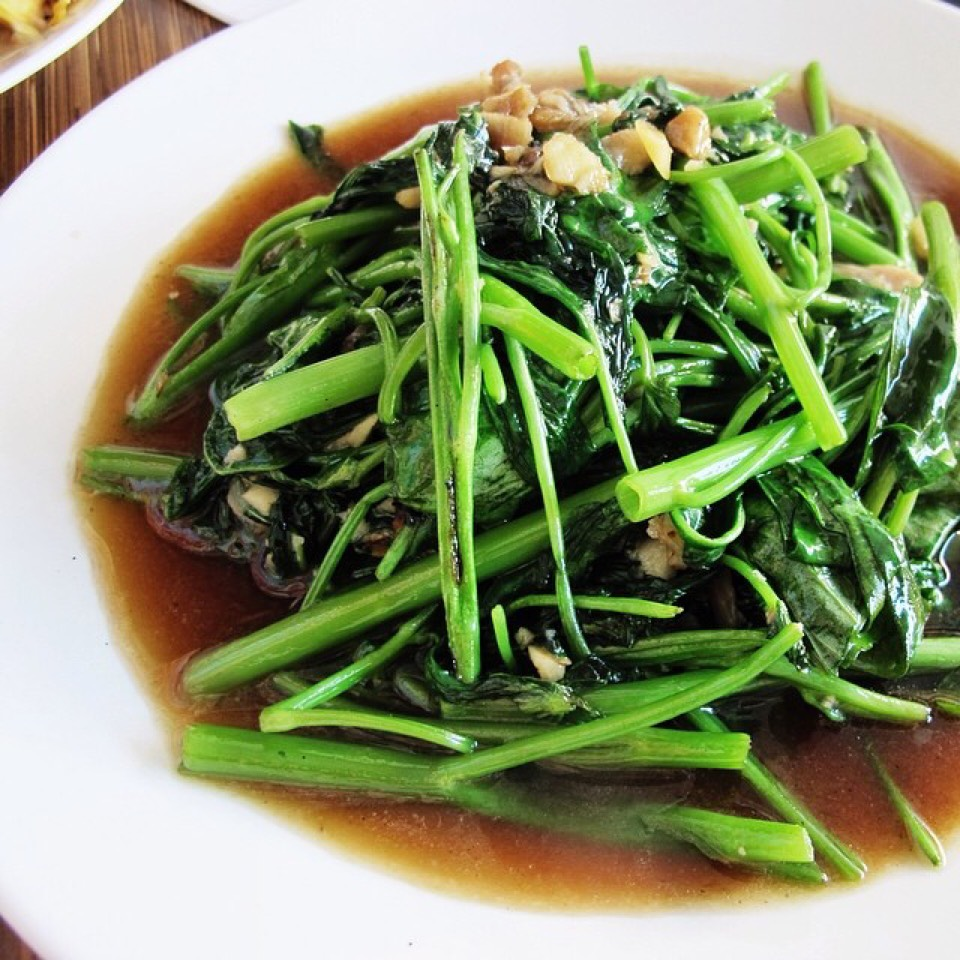 Stir Fried Water Spinach at Boon Chu Thai Restaurant on #foodmento http://foodmento.com/place/4378