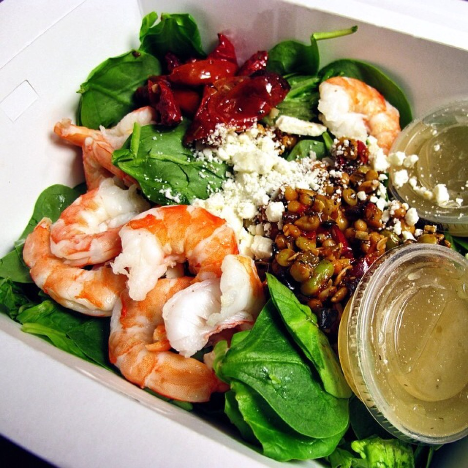 Mediterranean Shrimp Salad on #foodmento http://foodmento.com/dish/20586