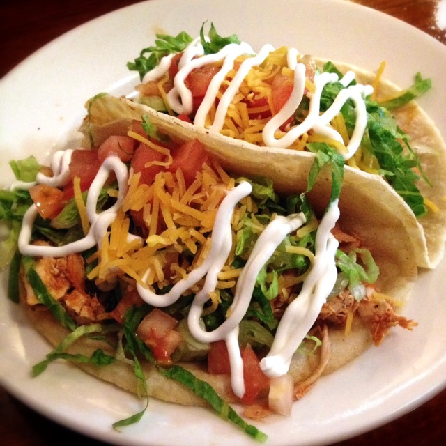 Chicken Tacos on #foodmento http://foodmento.com/dish/21950