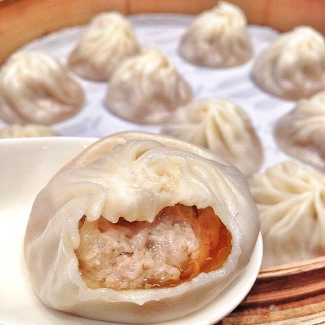 Xiao Long Bao (Soup Dumplings) at Din Tai Fung 鼎泰豐 on #foodmento http://foodmento.com/place/4285