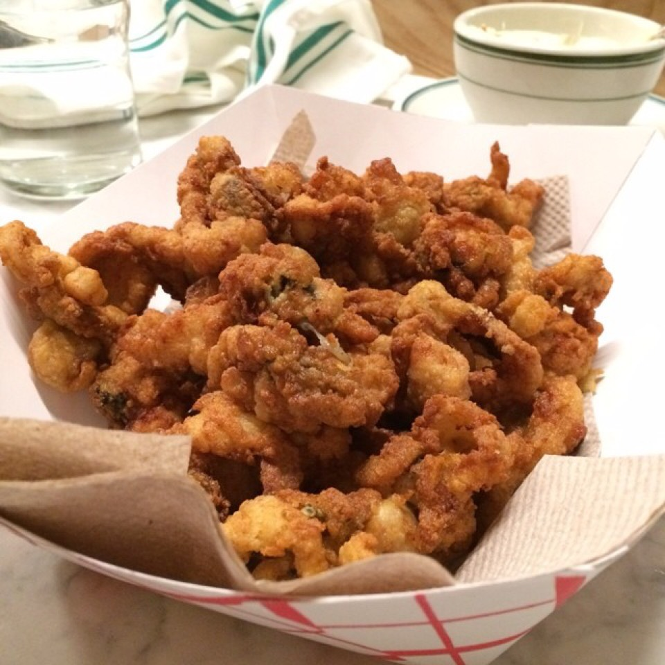 Fried Clams at Greenpoint Fish & Lobster Co. on #foodmento http://foodmento.com/place/4959
