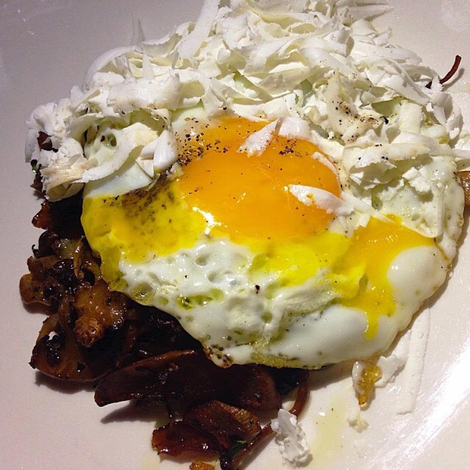 Roasted Mushrooms (Pancetta, Fried Egg, Ricotta Salata) on #foodmento http://foodmento.com/dish/3559