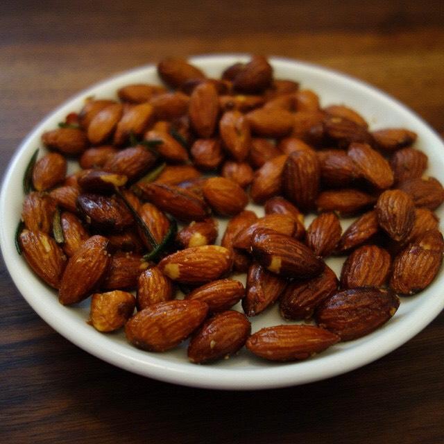 Spiced Almonds at Estela on #foodmento http://foodmento.com/place/3090