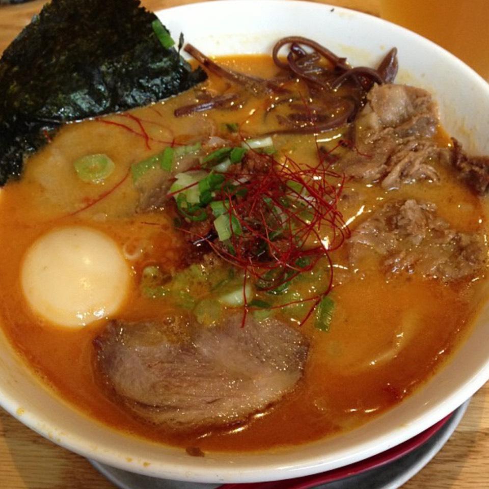 Tonkotsu Miso Ramen at Men Oh Tokushima Ramen on #foodmento http://foodmento.com/place/6573
