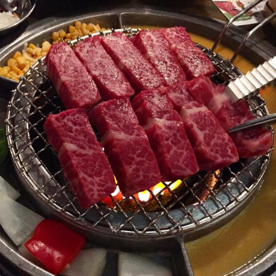 BBQ Kalbi at Kang Ho Dong Baek Jeong on #foodmento http://foodmento.com/place/7775