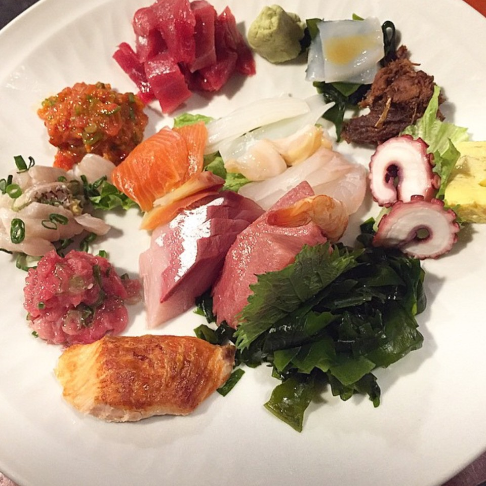 Sashimi Deluxe at Sushi Gen on #foodmento http://foodmento.com/place/7778