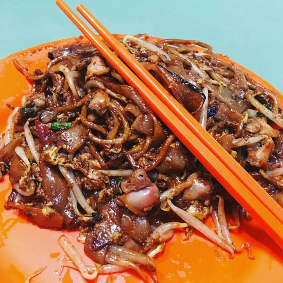 Char Kway Teow at Hill Street Fried Kway Teow on #foodmento http://foodmento.com/place/10140