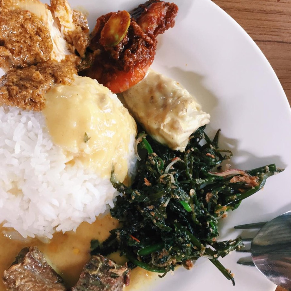Nasi Padang at Aunty Aini's Garden Cafe on #foodmento http://foodmento.com/place/10182
