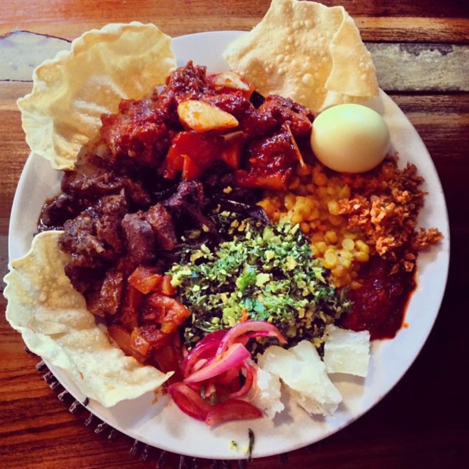 Weekend Buffet ($12) at Lakruwana on #foodmento http://foodmento.com/place/5735
