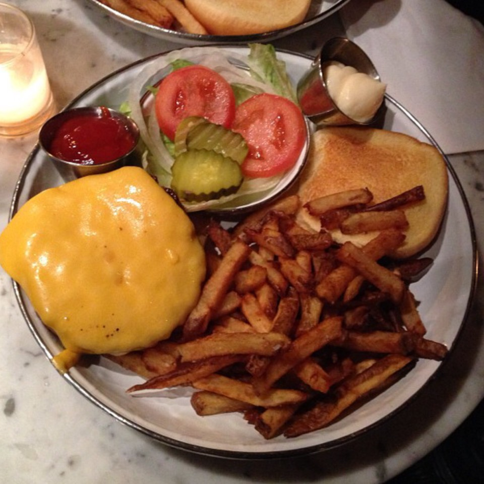 Cheeseburger at Black Market on #foodmento http://foodmento.com/place/4938