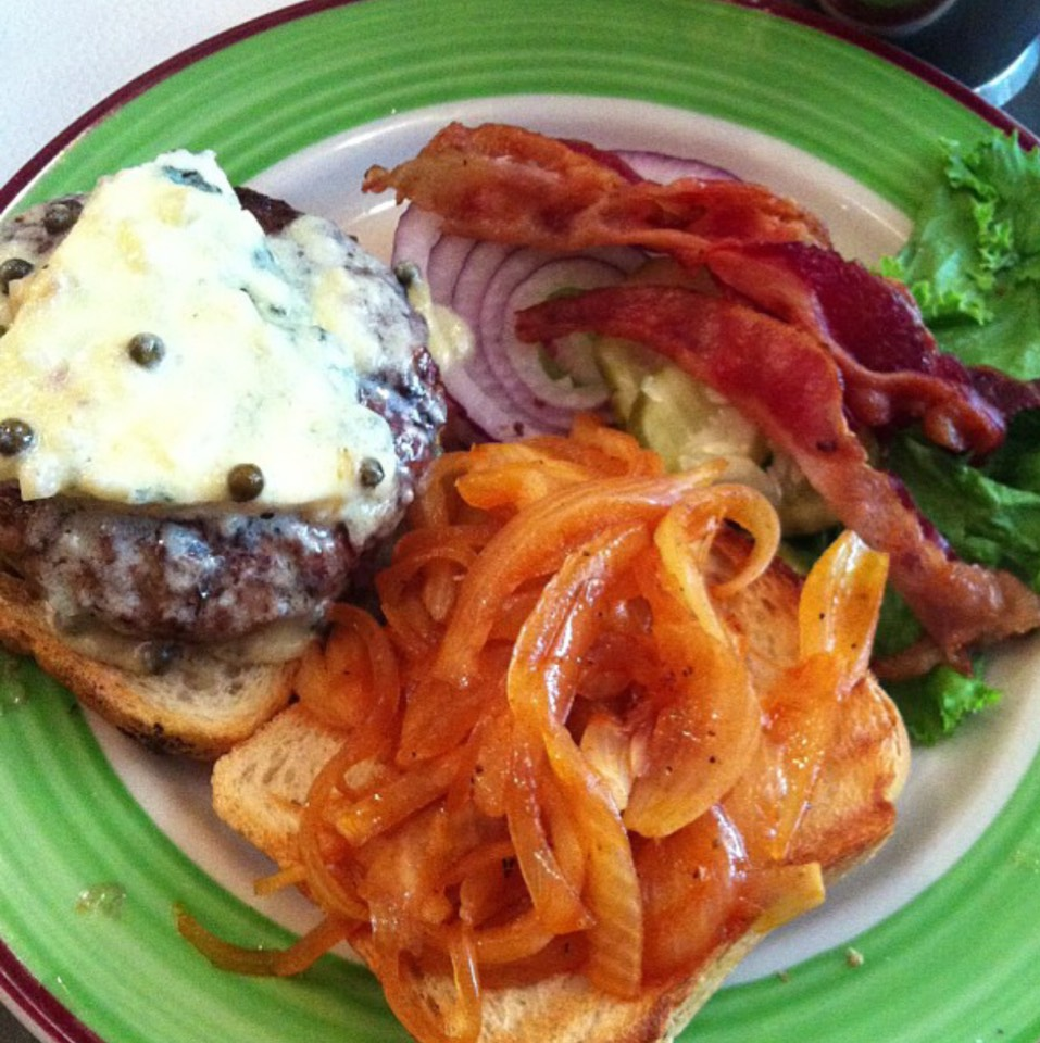Hobie's Decadent Burger (Au Poivre Sauce, Blue Cheese, Sautéed Onions, Bacon) at Island Burgers & Shakes on #foodmento http://foodmento.com/place/4948