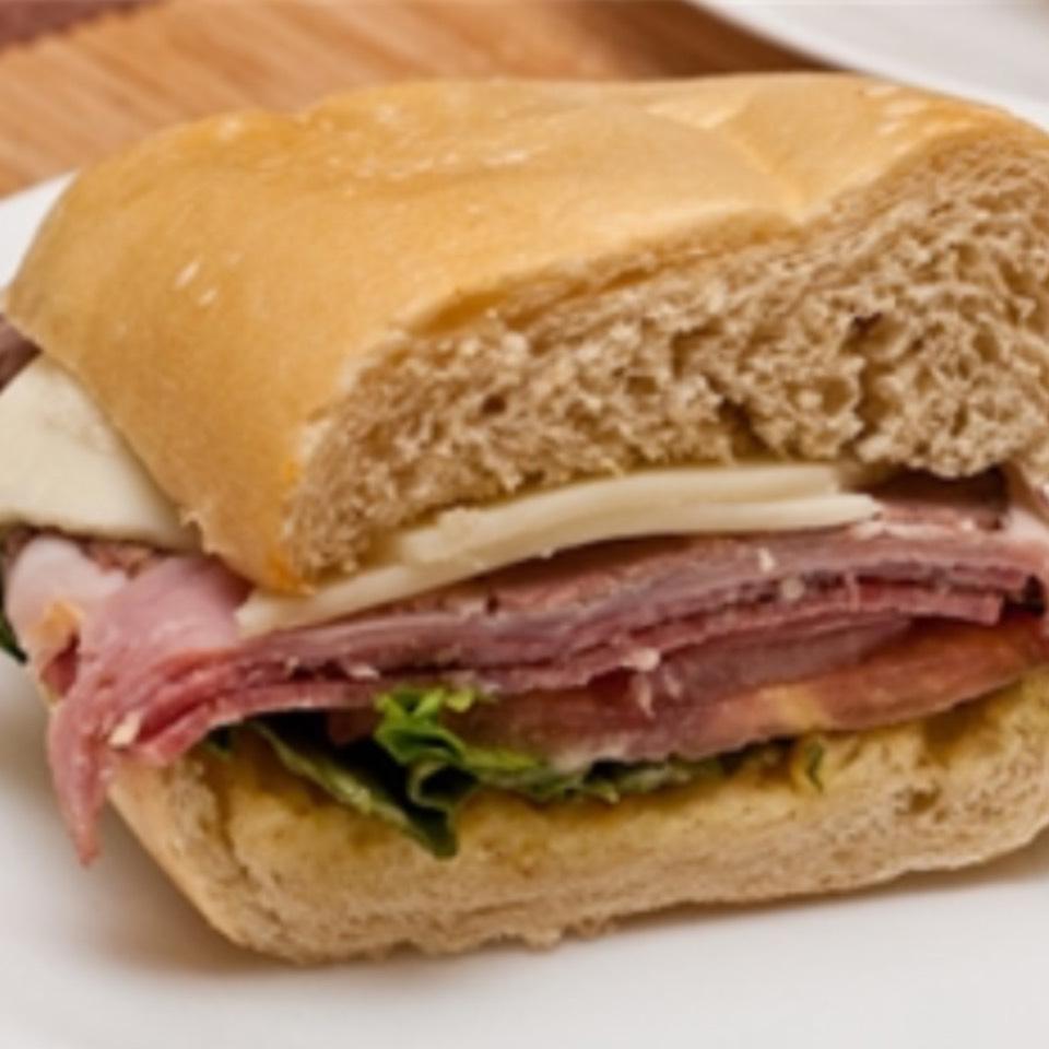 Italian Combo Sandwich at Agata & Valentina on #foodmento http://foodmento.com/place/5177