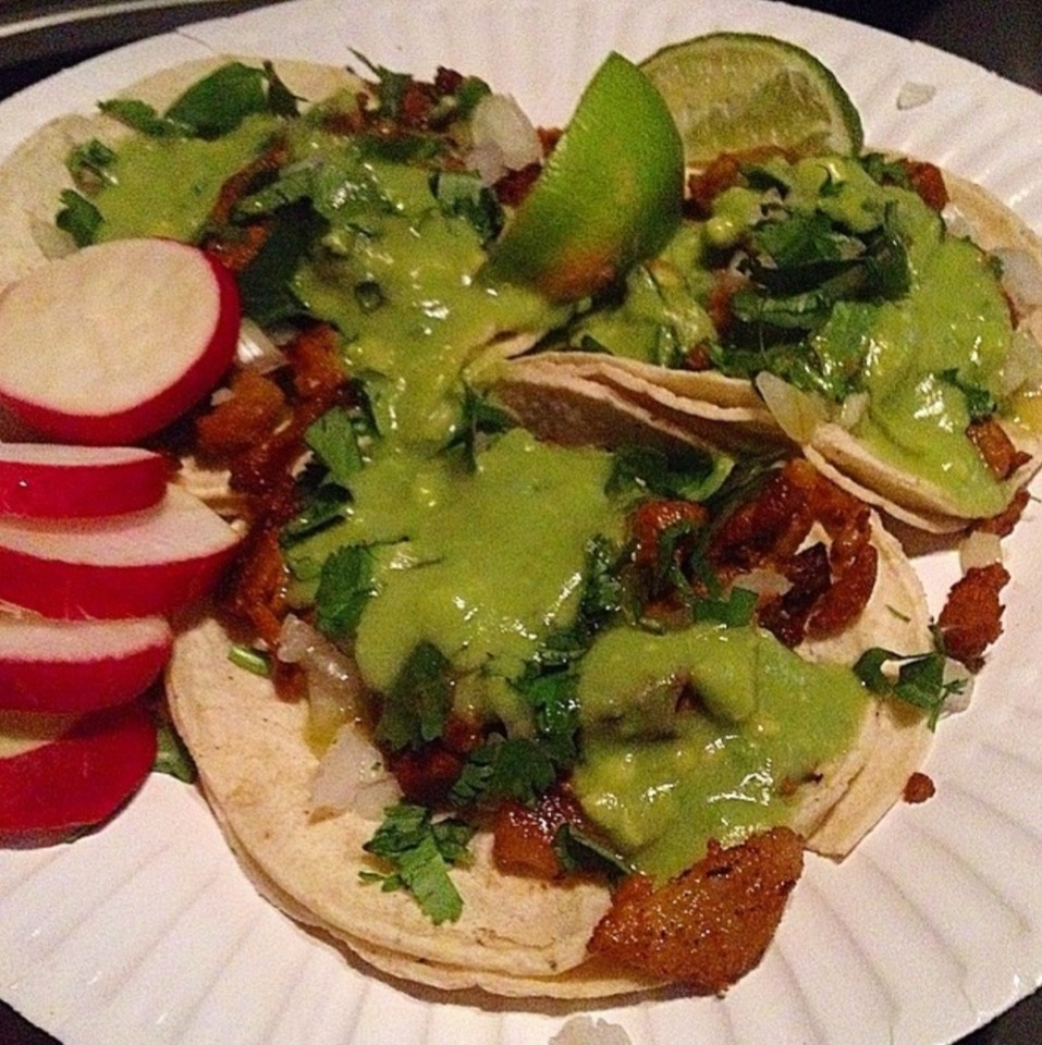 Al Pastor Taco at Leo's Taco Truck on #foodmento http://foodmento.com/place/8586