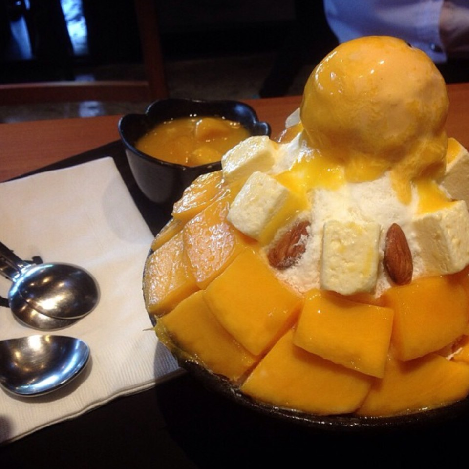 Mango Cheesecake Bingsu (Shaved Ice) at Seobinggo (ซอบิงโก) 서빙고 on #foodmento http://foodmento.com/place/8627