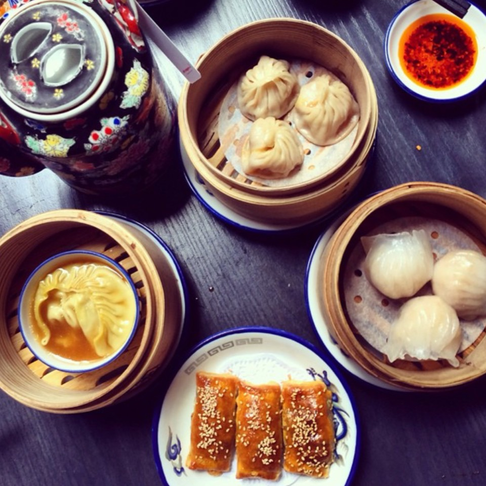 All You Can Eat Dim Sum at Dragon-i on #foodmento http://foodmento.com/place/8794