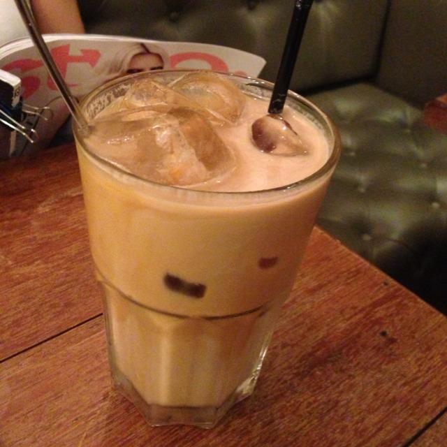 Iced Vanilla Latte at Maison Ikkoku Cafe on #foodmento http://foodmento.com/place/1021