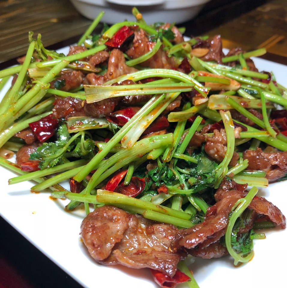 Stir Fried Black Lamb at Sweet Yummy House 三好小馆 on #foodmento http://foodmento.com/place/10233