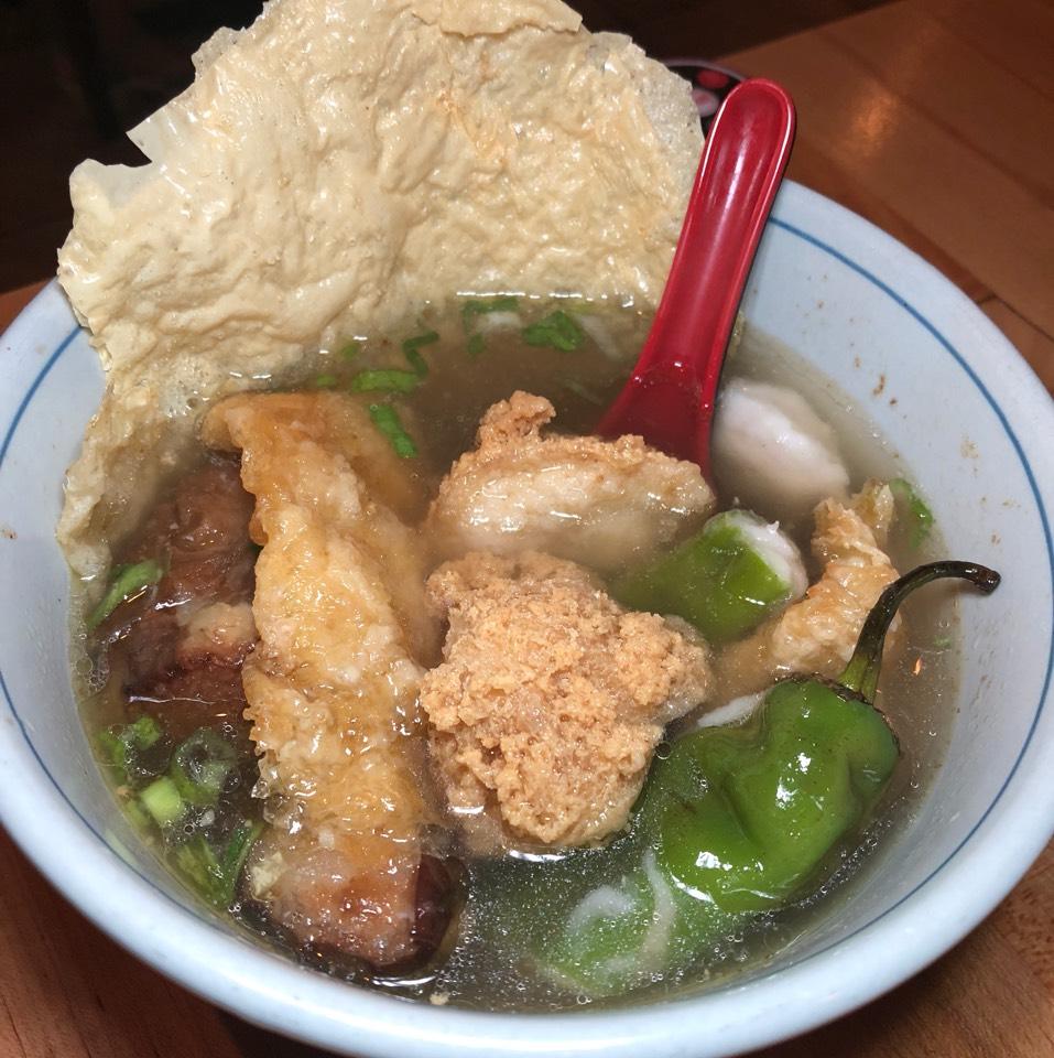 Yong Tau Foo at Wok Wok Southeast Asian Kitchen 勇記 on #foodmento http://foodmento.com/place/10670