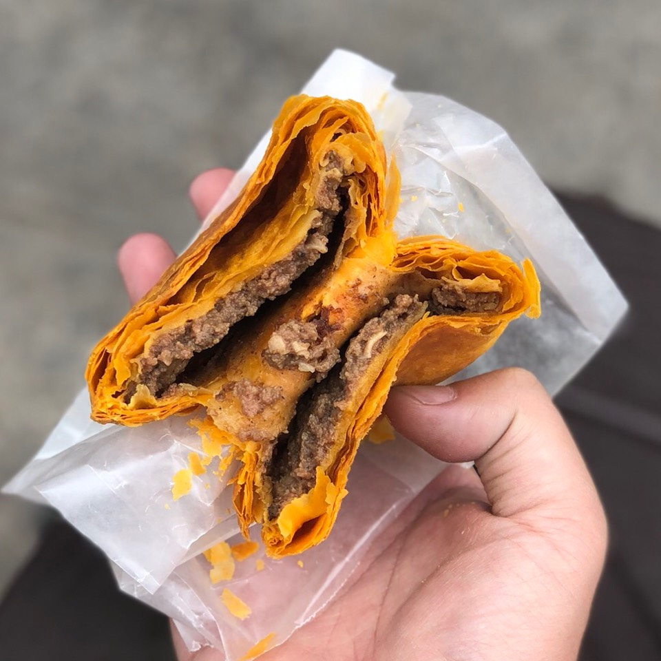 Beef Patty (Jamaican Meat Patty) from Buff Patty Restaurant & Bakery on #foodmento http://foodmento.com/dish/41329