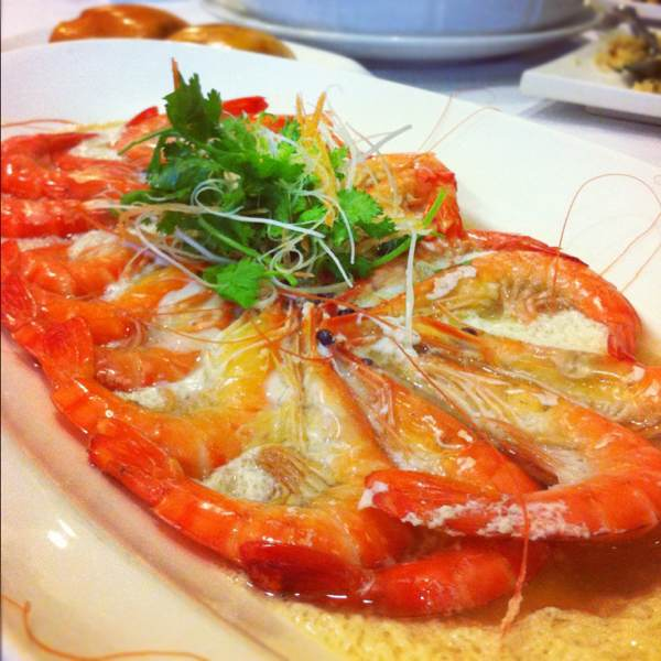 Live Prawns Steamed with Beer from Chin Huat Live Seafood Restaurant 镇发活海鲜 on #foodmento http://foodmento.com/dish/779