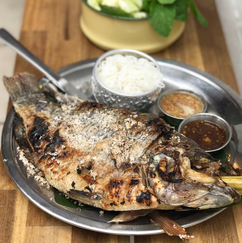 Salt Baked Grilled Fish at Hug Esan NYC on #foodmento http://foodmento.com/place/11350