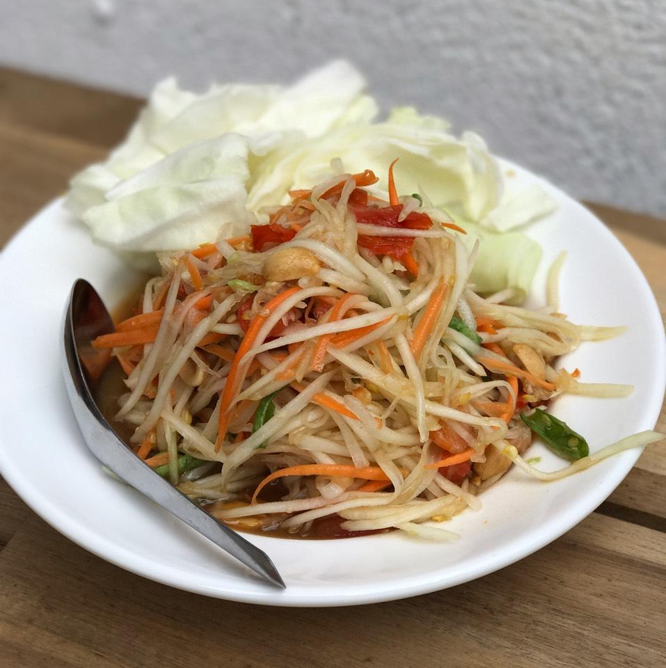 Tum Thai (Papaya Salad) at Hug Esan NYC on #foodmento http://foodmento.com/place/11350