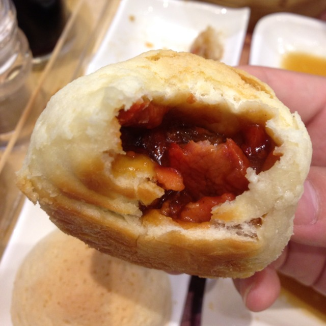 Baked Bun With BBQ Pork at Tim Ho Wan 添好運 on #foodmento http://foodmento.com/place/1189