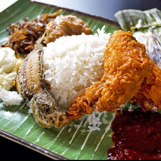 Royal Rumble @ Selera Rasa Nasi Lemak #2 at Adam Road Food Centre on #foodmento http://foodmento.com/place/1235