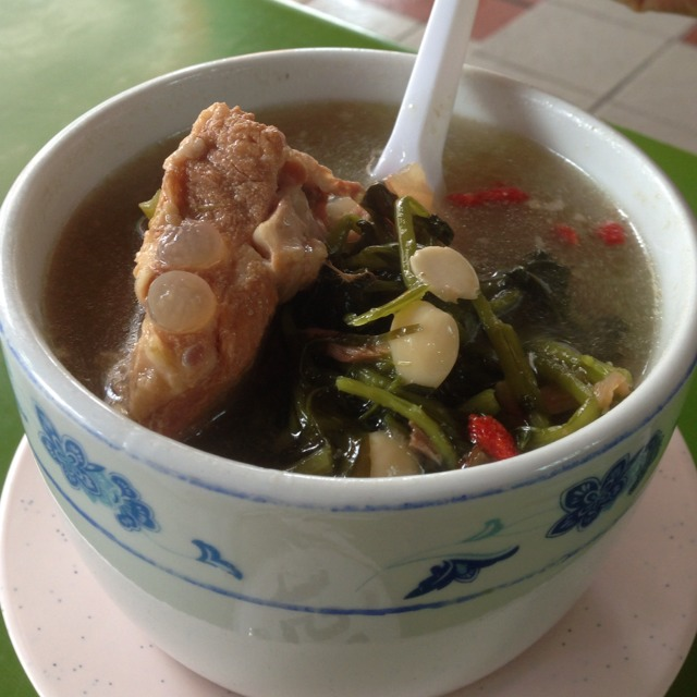 Watercress Pork Ribs Soup @ Day & Night Herbal Soup #12 at Maxwell Food Centre on #foodmento http://foodmento.com/place/1236