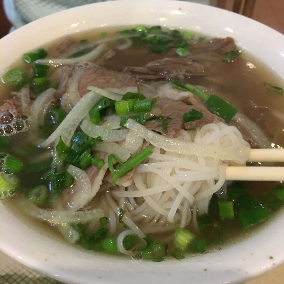 Pho Noodle Soup at Phở Bằng on #foodmento http://foodmento.com/place/1256