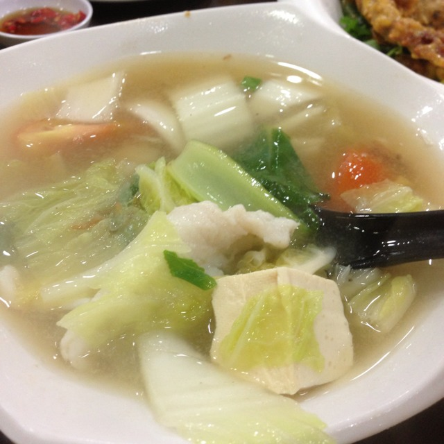 Fresh Sliced Fish Mee Hoon at Xin Yuan Ji 新源记 on #foodmento http://foodmento.com/place/1361