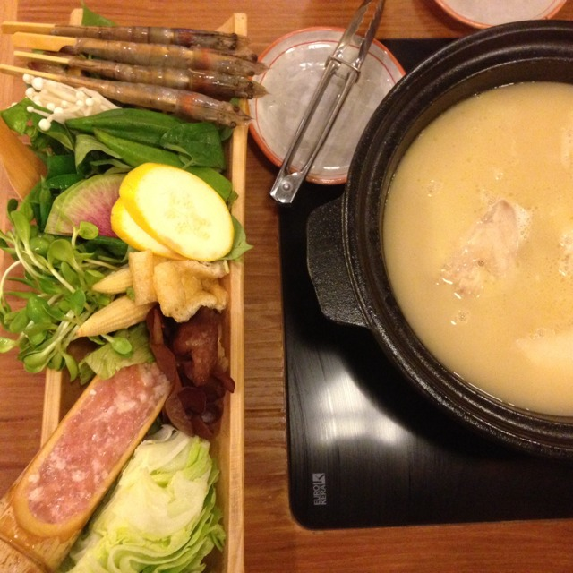 "Golden Jidori Chicken Soup at Tsukada Nojo 塚田農場 Japanese ""Bijin Nabe"" Restaurant on #foodmento http://foodmento.com/place/1567"