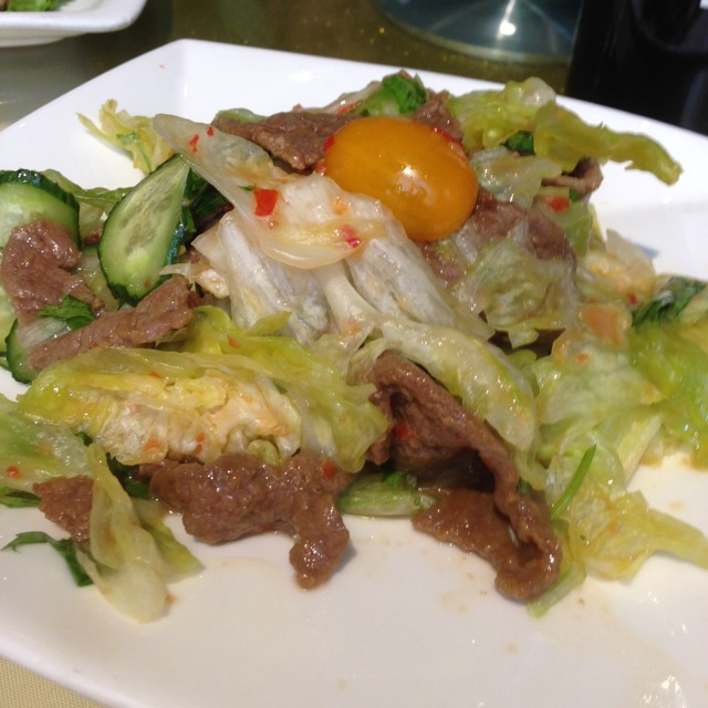 Beef Lettuce Salad Thai Style at 南伶酒家 Nanling Restaurant on #foodmento http://foodmento.com/place/1587