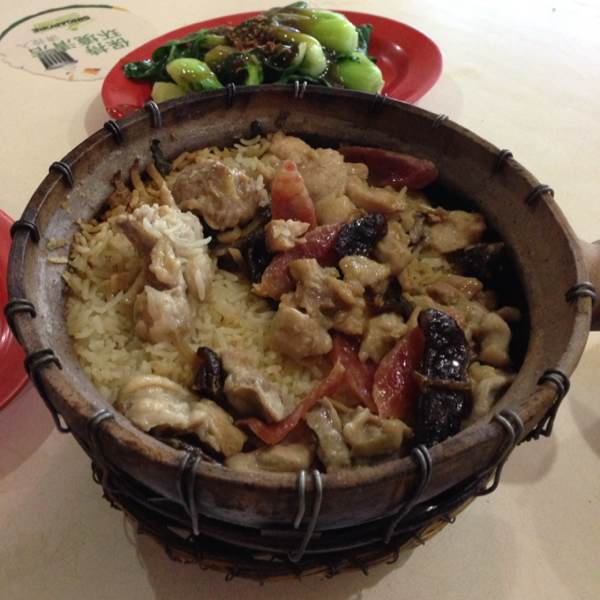 Claypot Wu Wei Rice (Chicken & Chinese Sausage) at New Lucky Claypot Rice on #foodmento http://foodmento.com/place/206